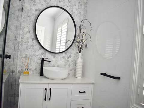 Middleton Grange Bathroom Renovation Contractors